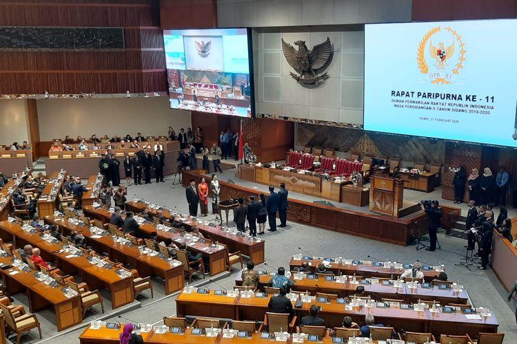 Pelantikan PAW untuk Yasonna Laoly, Juliari Batubara, dan Johnny G Plate dalam rapat paripurna di Kompleks Parlemen, Senayan, Jakarta, Kamis (27/2/2020).