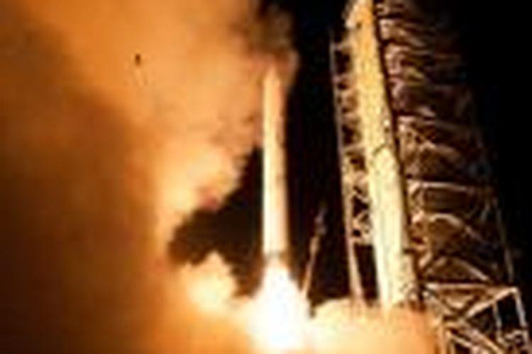 Seekor katak terpotret ikut meluncur bersama wahana antariksa LADEE pada peluncuran dari Virginia, Jumat (6/9/2013).