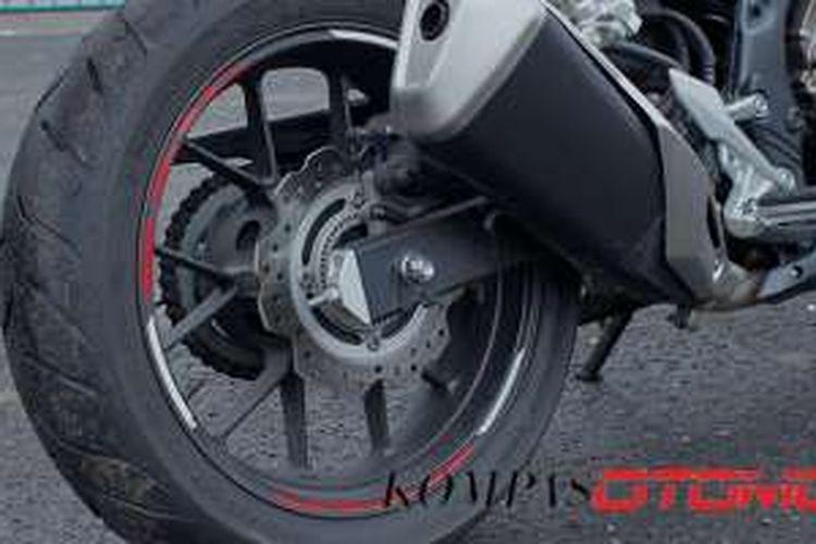 Sistem pengereman belakang Honda CBR 500 R