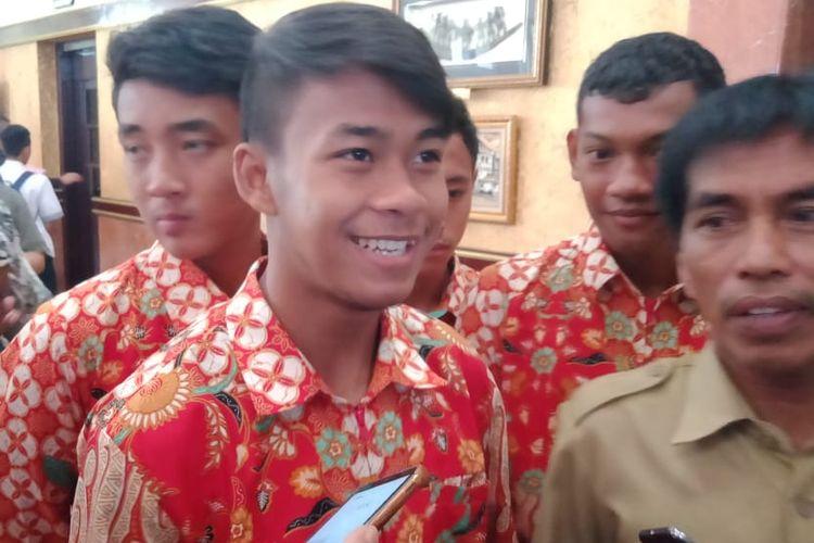 Pemain muda Persebaya Surabaya dan pemain timnas U-18 Indonesia, Mochammad Supriadi, ditemui di Balai Kota Surabaya, Selasa (27/8/2019).