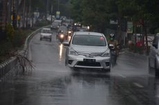 Ingat Lagi Apa yang Harus Dilakukan Pengemudi Saat Hujan Deras