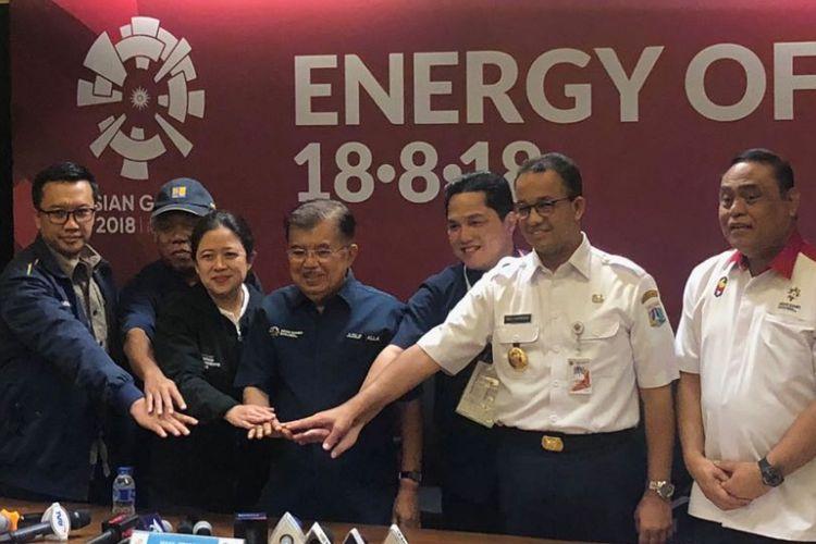 Wakil Presiden RI Jusuf Kalla usai konferensi pers terkait persiapan Asian Games 2018 di Gelora Bung Karno, Jakarta, Jumat (3/8/2018).