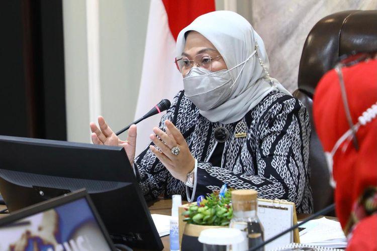 Menaker Ida dalam Workshop Pengembangan Pedoman ASEAN tentang ?Konseling dan Pengujian HIV di Tempat Kerja? dan lokakarya ?Pencegahan dan Pengendalian HIV-AIDS di Tempat Kerja Selama Masa Pandemi Covid-19? di Jakarta, Rabu (9/6/2021).