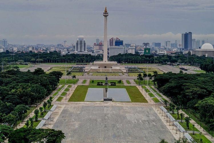 Hasil revitalisasi sisi selatan lapangan Monumen Nasional, Selasa (22/6/2021)
