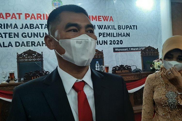 Bupati Gunungkidul Sunaryanta di Gedung DPRD Gunungkidul Senin (1/3/2021)