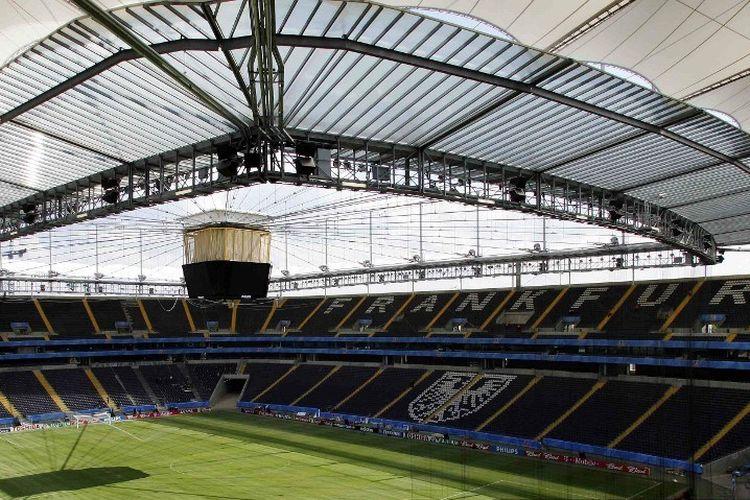 Stadion Waldstadion di Frankfurt pada 13 Juni 2005. Stadion ini akan menjadi tuan rumah beberapa pertandingan Piala Konfederasi FIFA yang dimulai 15 Juni.  AFP PHOTO TORSTEN SILZ (Photo by TORSTEN SILZ / AFP)