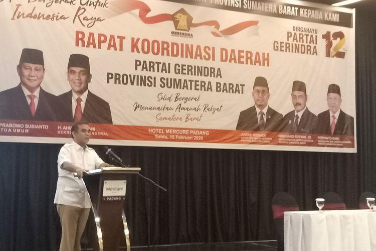 Sekjen Gerindra Ahmad Muzani saat berikan sambutan pada Rakorda Gerindra Sumbar, Sabtu (15/2/2020) di Padang