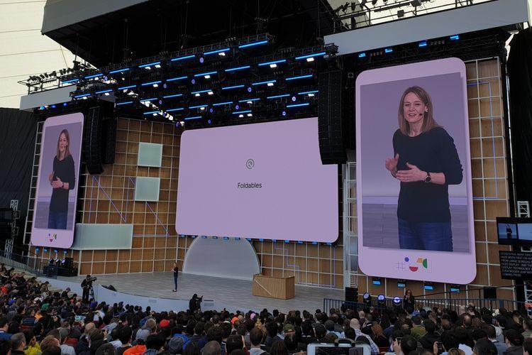 Stephanie Cuthberston, perwakilan Google saat menyampaikan deretan fitur baru Android Q di ajang Google I/O 2019, Selasa (7/5/2019).