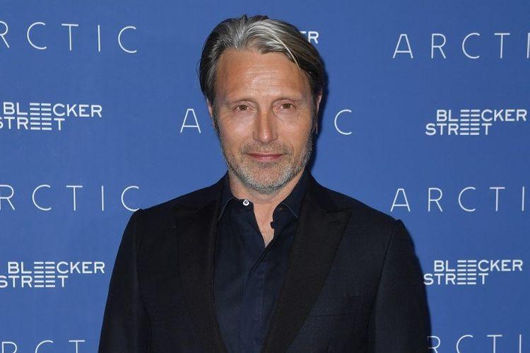 Aktor Denmark Mads Mikkelsen menghadiri pemutaran khusus Arctic di Metrograph di New York City, pada 16 Januari 2019.