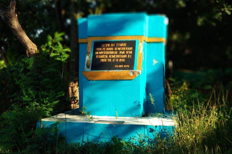 Prasasti ini dibangun untuk mengenang tragedi perang kemerdekaan rakyat Indramayu.