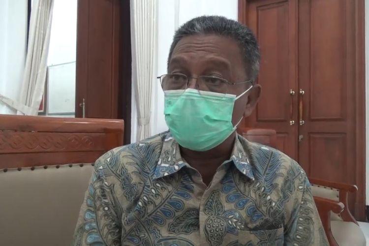 Bupati Pacitan Jawa Timur, ketika memberi klarifikasi terkait dana hibah 9 miliar untuk Yudhoyono Fondation, di ruang pertemuan kantor Bupati, Senin (15/02/2021).