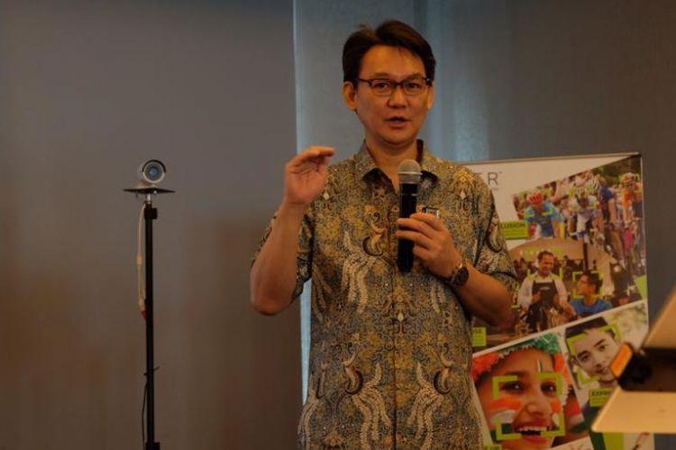 Noriaki Takamura, Vice President Asia Pacific (APAC) Sales & Business Development RealNetworks dalam konferensi pers di Jakarta, Rabu (12/12/2018).