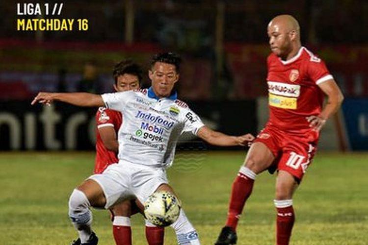 Pertandingan Badak Lampung FC Vs Persib Bandung berlangsung di Stadion Sumpah Pemuda, Lampung, Minggu (25/8/2019).