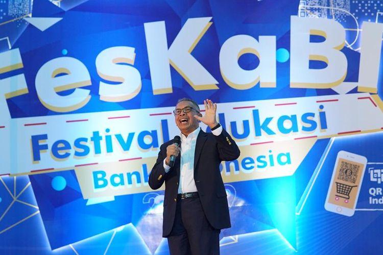 Deputi BI, Sugeng, sampaikan kata sambutannya dalam acara FESKABI di Universitas Negeri Manado (UNIMA), Tondano, Senin (4/11/2019).
