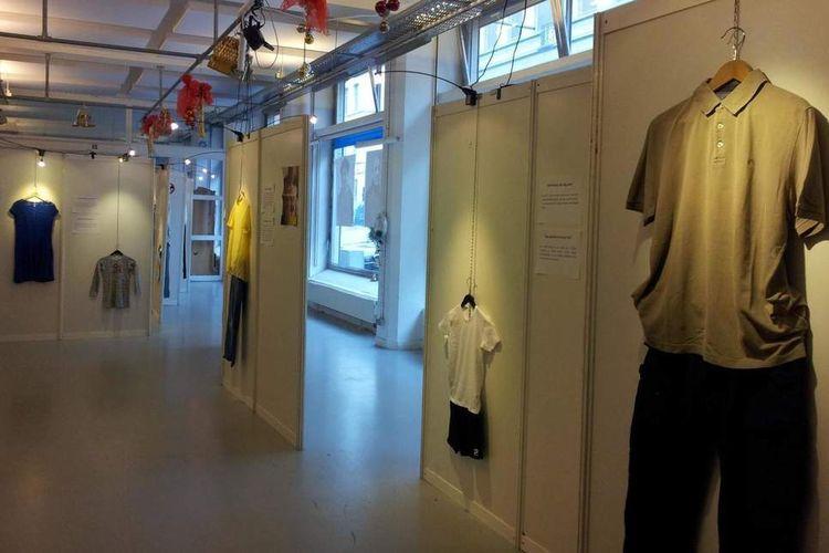 Pameran baju korban pemerkosaan di Belgia.