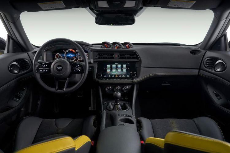 Dasbor dan interior Nissan Z