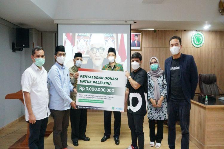 Fadil Jaidi dan Kitabisa.com menyalurkan donasi senilai Rp 3 miliar melalui MUI untuk Palestina.