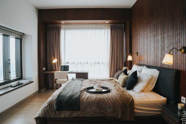 Komposisi warna kamar tidur One Park Residence di Kebayoran Lama karya Miveworks