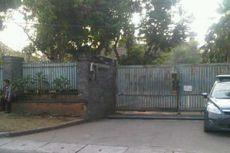 KPK Geledah Rumah Gubernur Banten Ratu Atut Chosiyah