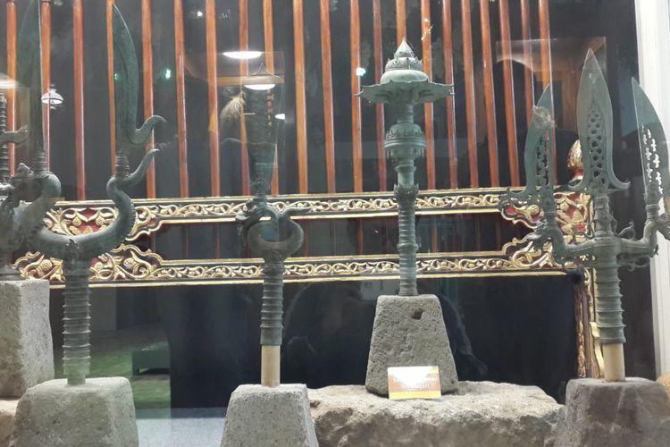 Koleksi pataka di Museum Ganesya, Kota Malang, Selasa (14/1/2020)