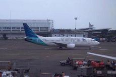 Ban Pesawat Garuda Pecah Ganggu Jadwal Penerbangan di Bandara Ngurah Rai Selama 22 Menit