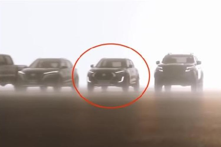 Siluet Nissan Magnite dalam video Nissan Next: From A to Z