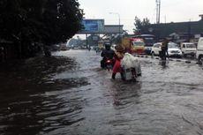 Diguyur Hujan, Sejumlah Ruas Jalan di Bandung Tergenang