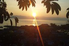 Eloknya Matahari Terbit di Pulau Kojadoi, Sikka Flores
