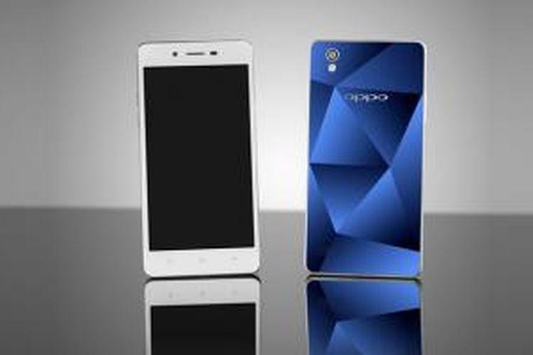OPPO mengedepankan desain elegan nan unik dengan motif potongan berlian dan UV embossed yang diukirkan pada cover bagian belakang Mirror 5.