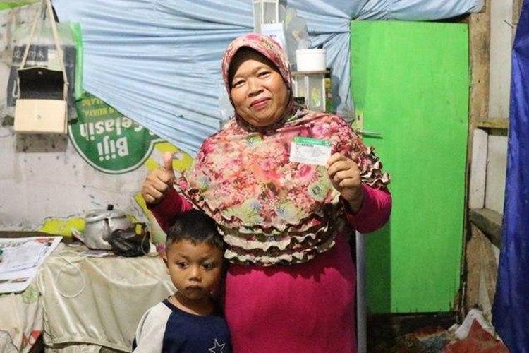 Didah (45), satu dari sekian banyak peserta yang telah merasakan manfaat program JKN-KIS.