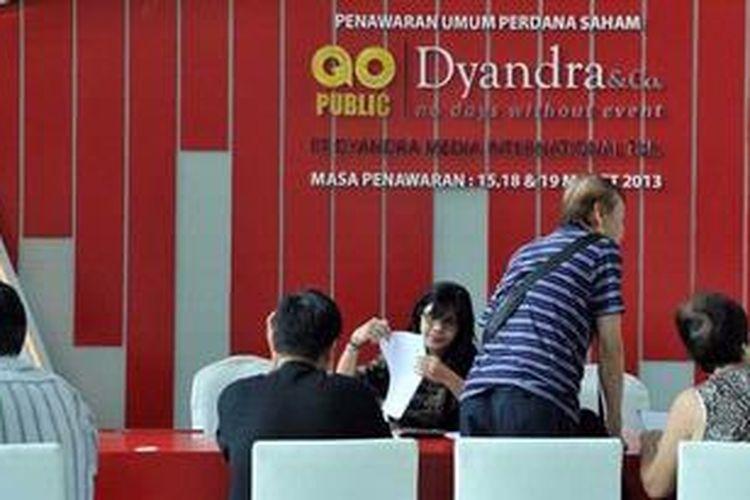 Penawaran umum perdana saham Dyandra di Plaza Bapindo, Jakarta, Selasa (19/3/2013).