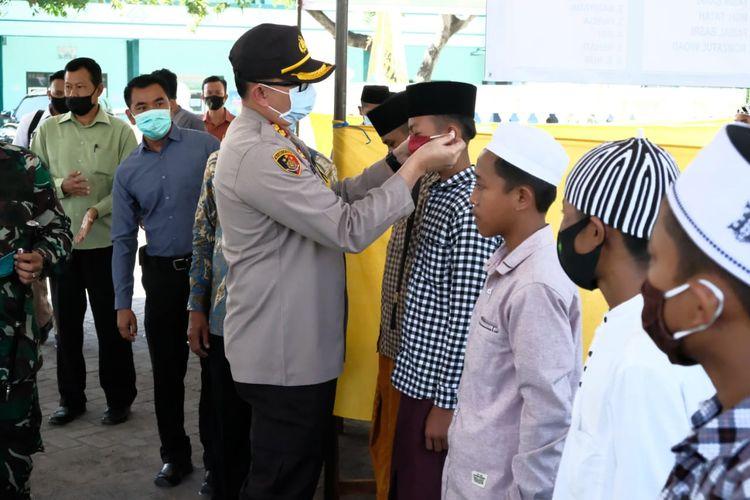 Pembentukan pesantren tangguh di Ponpes Darul Falah Kecamatan Cermee Kabupaten Bondowoso untuk mencegah penyebaran Covid-19