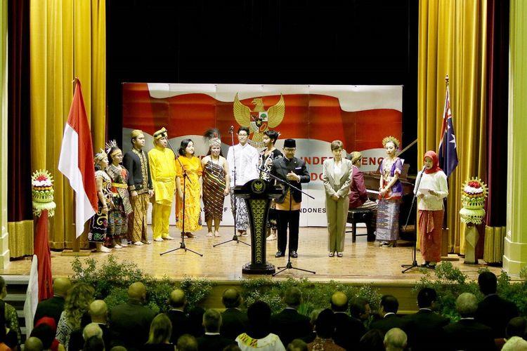 Duta Besar RI untuk Australia Kristiarto S Legowo saat memberikan sambutan dalam acara resepsi diplomatik dalam rangka memperingati HUT ke 72 Kemerdekaan RI di Albert Hall, Canberra, Selasa (12/9/2017) malam.