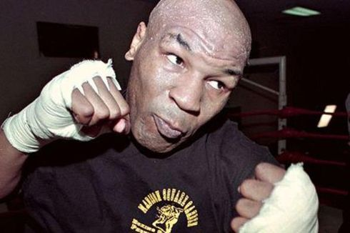 Ada yang Khawatir Comeback Mike Tyson Bakal Berakhir Tragis