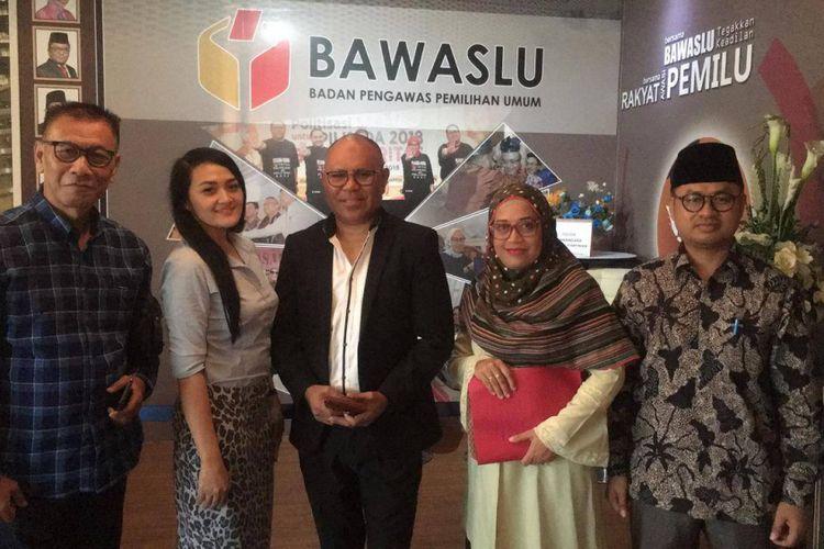 Tim Advokat Indonesia Bergerak (TAIB) melaporkan Jokowi terkait kartu pra kerja ke Bawaslu, Jakarta Pusat, Rabu (6/3/2019).
