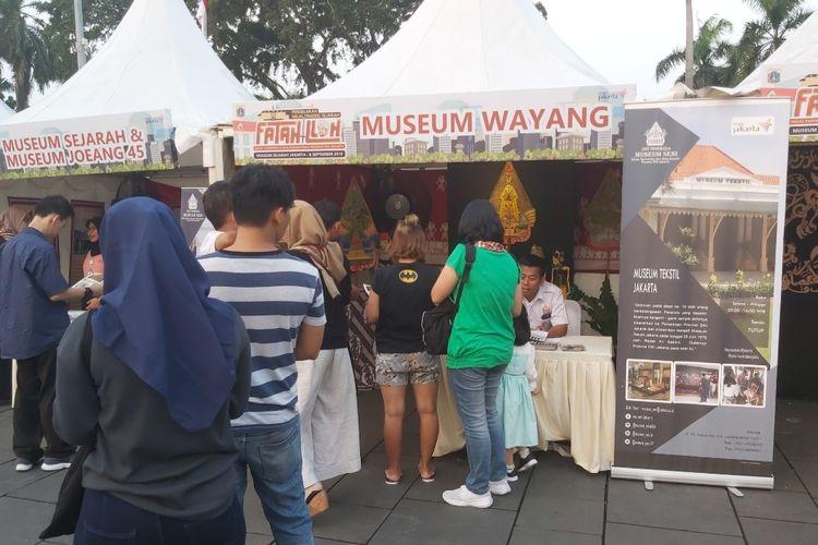 Salah satu stand museum yang ramai dikunjungi oleh pengunjung pagelaran.