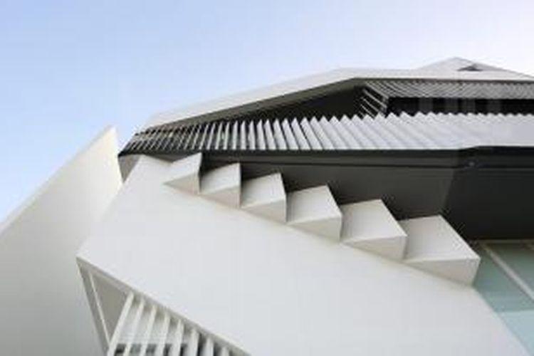Jakarta ternyata menyimpan karya arsitektural laik apresiasi. Salah satunya,
