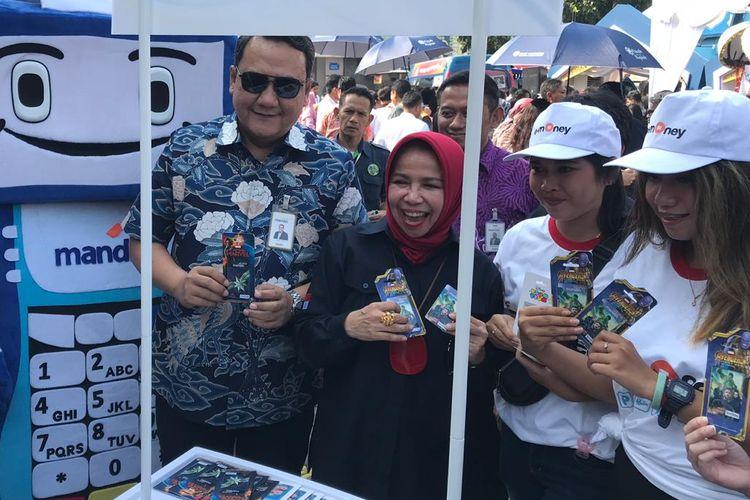 Deputi Gubernur BI, Rosmaya Hadi di rest area KM 57 Tol Jakarta-Cikampek, Rabu (29/5/2019).