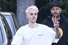Justin Bieber Pilih Warna Rambut Pink Permen Karet