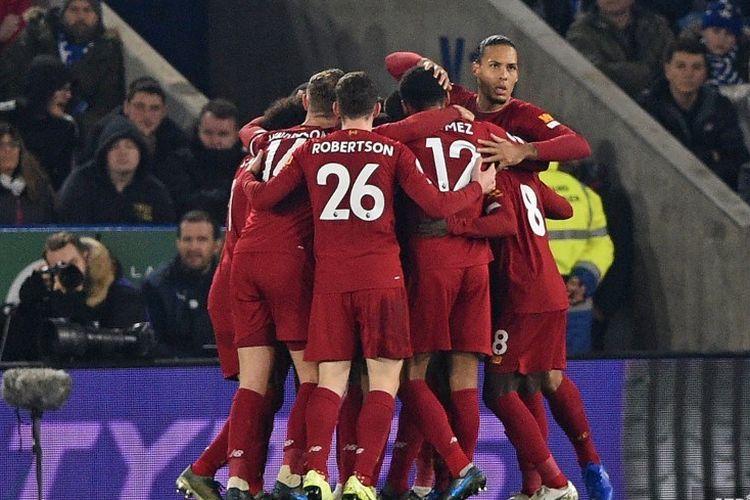 Selebrasi pemain Liverpool merayakan gol Roberto Firmino pada laga pekan ke-19 Liga Inggris antara Leicester City vs Liverpool di Stadion King Power, Kamis 26 November 2019.