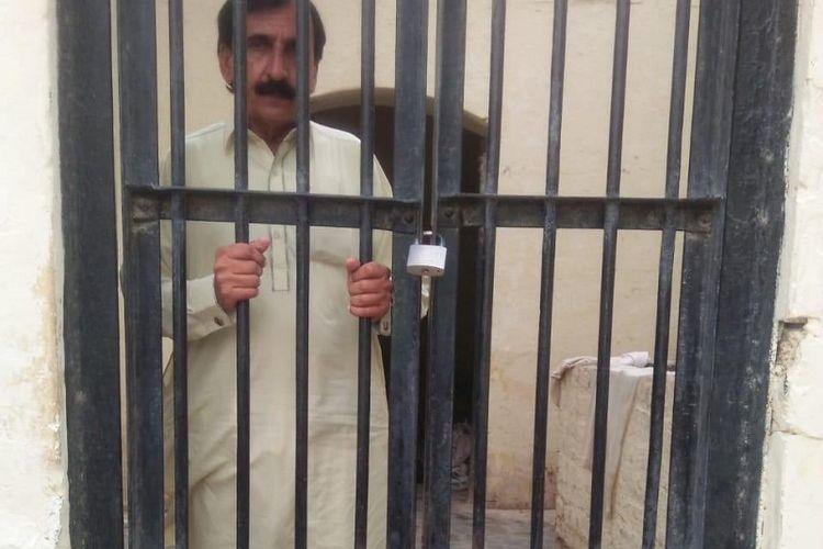 Sarang Shar, terduga pelaku pemerkosaan dan kekerasan seksual terhadap anak di bawah umur ditangkap di Pakistan.