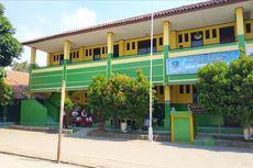 Sekolah Dibuka Dadakan,  Siswa SMPN 57 Bekasi Harus Pinjam Fasilitas Belajar dari Sekolah Lain