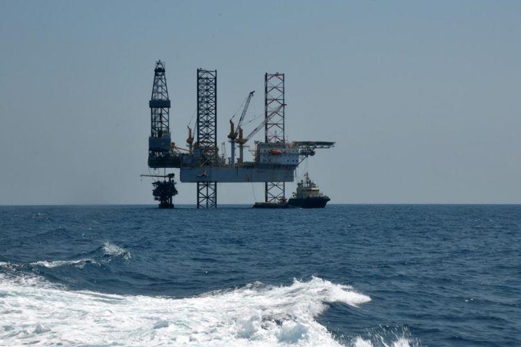 Harga minyak dunia anjlok ke zona negatif untuk pertama kalinya dalam sejarah