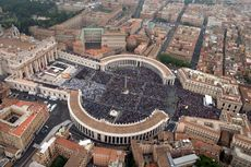Vatikan Tahan Mantan Uskup Agung yang