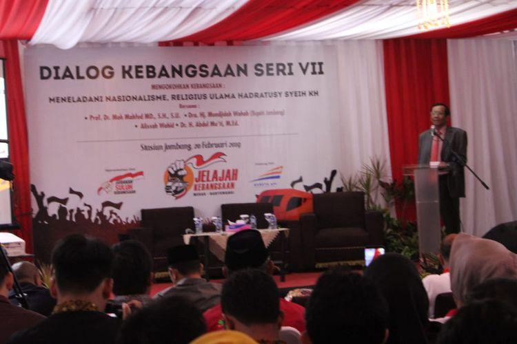 Ketua Gerakan Suluh Kebangsaan, Mahfud MD, saat menghadiri acara acara Dialog Kebangsaan seri VII di Stasiun Kereta Api Jombang, Rabu (20/2/2019).