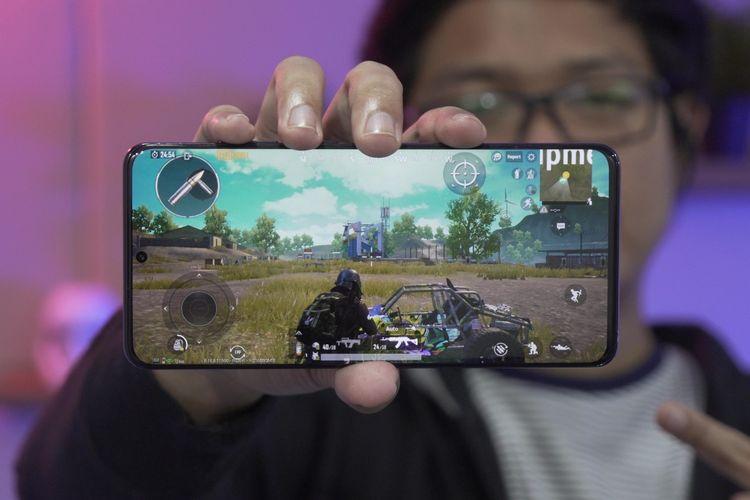 PUBG Mobile berjalan di Galaxy S20 Ultra.