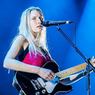 Lirik dan Chord Lagu Milk and Honey dari Billie Marten