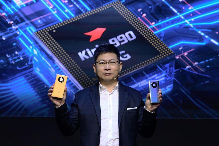 CEO Huawei Richard Yu saat memperkenalkan seri ponsel Mate 40 dalam acara peluncuran yang digelar secara online, Kamis (22/10/2020)
