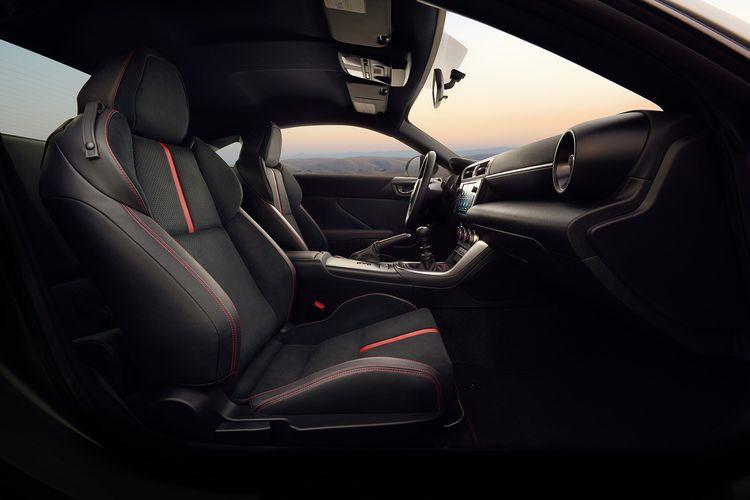 Tampilan interior Subaru BRZ