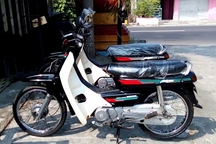 Tiga Bebek Retro Honda Yang Naik Daun Halaman All Kompas Com